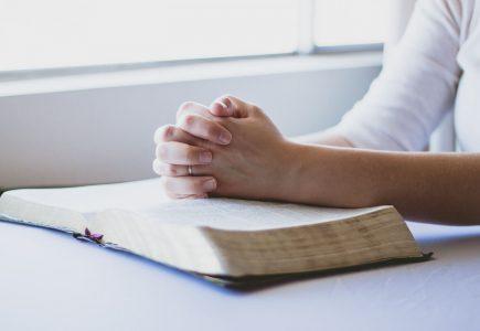 waarom-zorgt-god-er-niet-voor-dat-iedereen-hem-dient